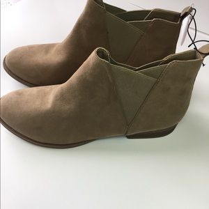 George ankle boots
